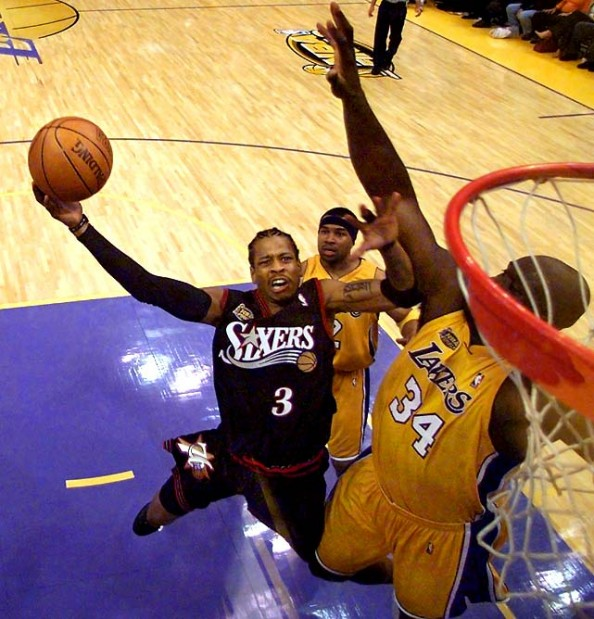 Iverson vs Shaq e1365690849685 Closest Scoring Title Races in NBA History