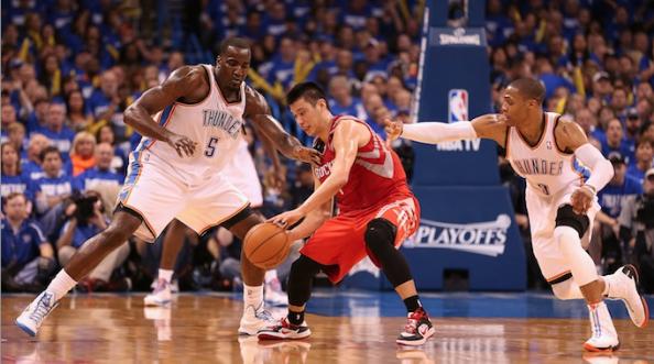 Jeremy Lin Double Teamed