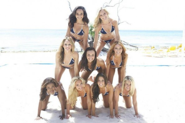 cP5sw9d 1 e1366201064746 Dallas Cowboys Cheerleaders in Swimsuit Calendar Photoshoot