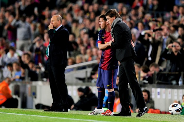 Messi Vilanova e1368344139190 Lionel Messi & Barcelona Face Impossible Expectations