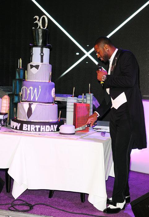Dwyane Wade 30th cake