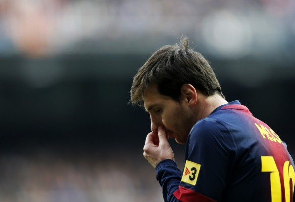 Lionel Messi blowing his nose