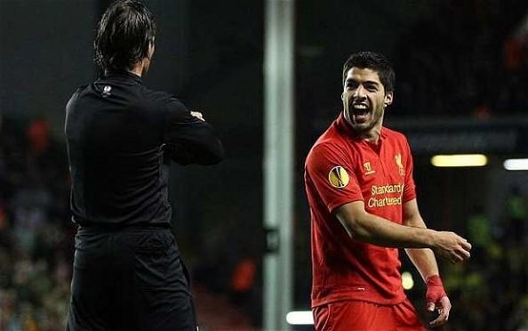 Luis Suarez, Referees