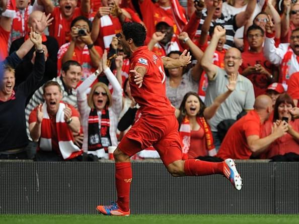 Luis Suarez vs Manchester City