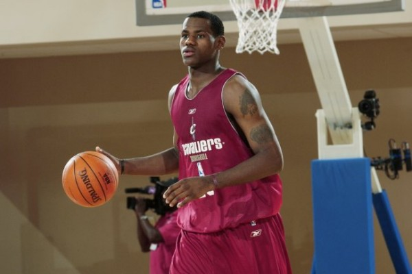LeBron James 2003 e1373459460260 NBA Stars During Their Summer League Days