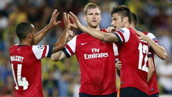 Arsenal celebrating