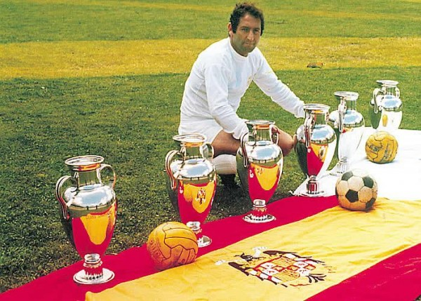 Francisco Gento e1375779649661 10 Greatest Scorers in Real Madrid History