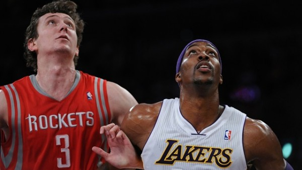 Omer Asik, Dwight Howard