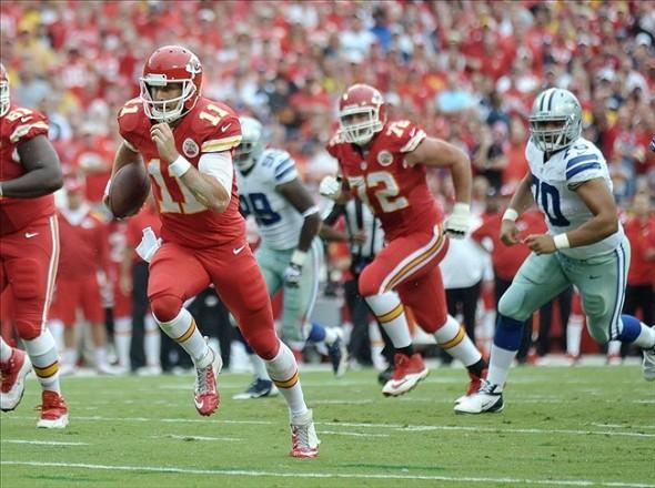 Alex Smith running