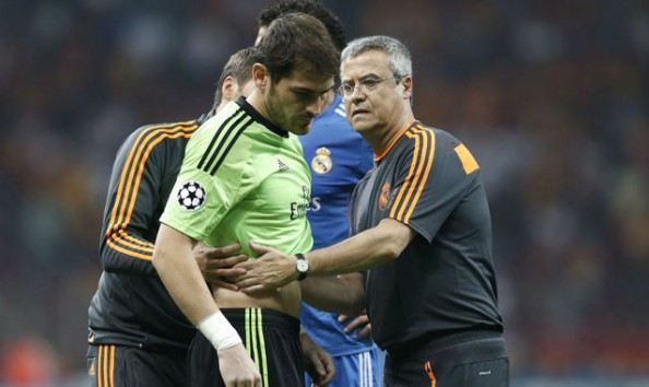 Iker Casillas injured