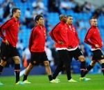 Manchester United Players Warming Up
