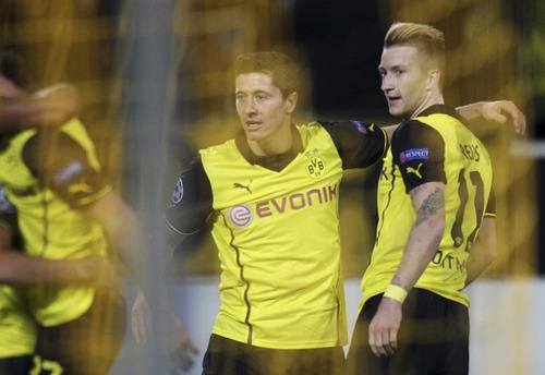 Lewandowski, Reus