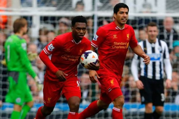 Daniel Sturridge scored his 7th goal of the season while Luis Suarez finished with 2 assists as Liverpool failed to capitalize on a one man advantage in a 2-2 draw.