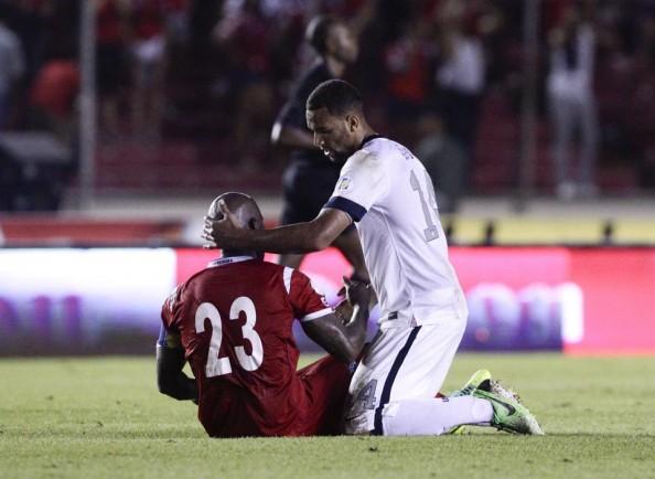 Terrence Boyd comforting Felipe Baloy
