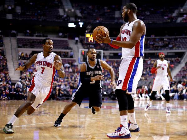 Pistons Beat Spurs
