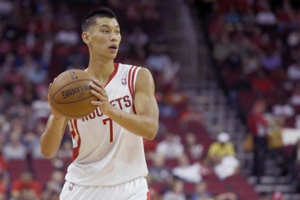 Jeremy Lin e1393856276927 Houston Rockets: Jeremy Lin Disappearing in Favor of Harden Ball & Patrick Beverley
