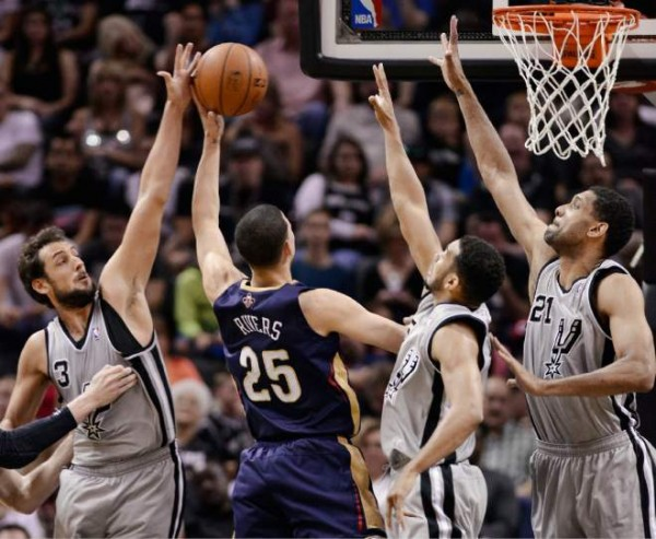 Spurs beat Pelicans