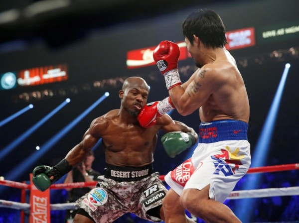 Pacquiao beats Bradley