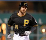 Pirates beat Reds