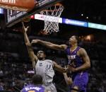 Spurs beat Suns