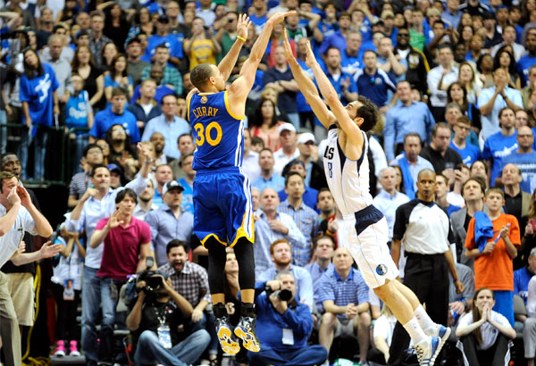 Warriors beat Mavs