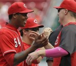Reds beat Rockies