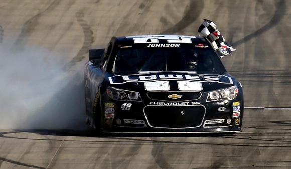 Jimmie Johnson wins Dover