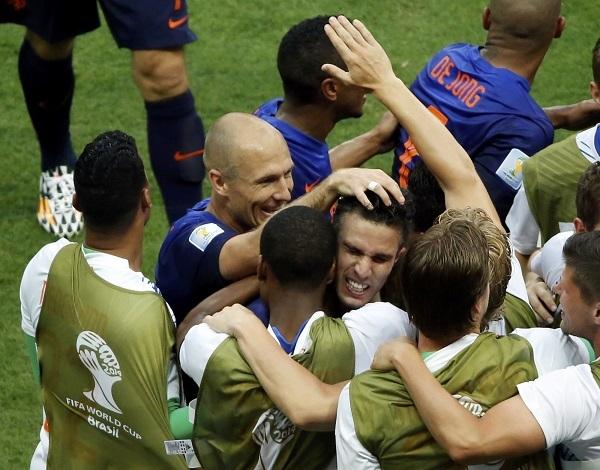 Netherlands beat Spain