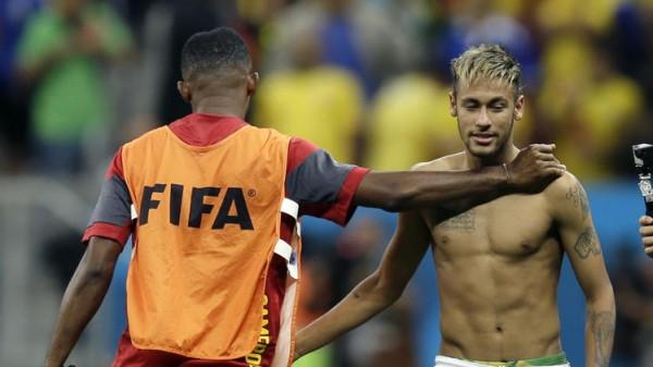 Neymar Shirtless
