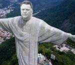 Van Gaal statue