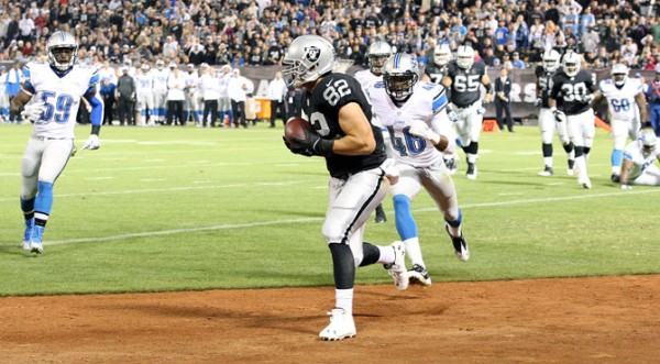 Raiders beat Lions