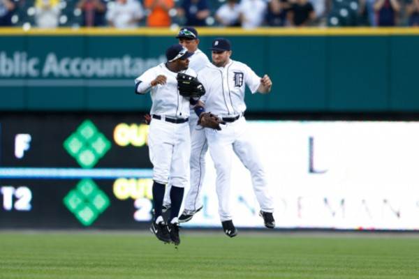 Tigers beat Royals