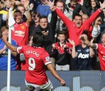 Manchester United beat Everton