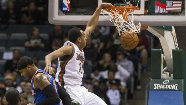 Bucks beat Knicks