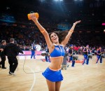 Knicks cheerleader