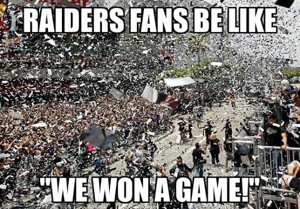 Raiders parade