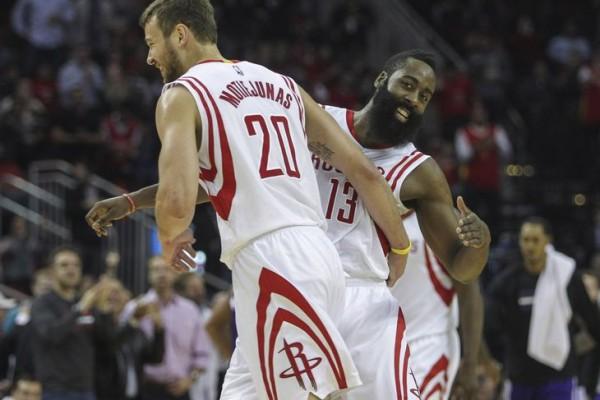 Rockets beat Kings
