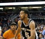 Suns beat Spurs