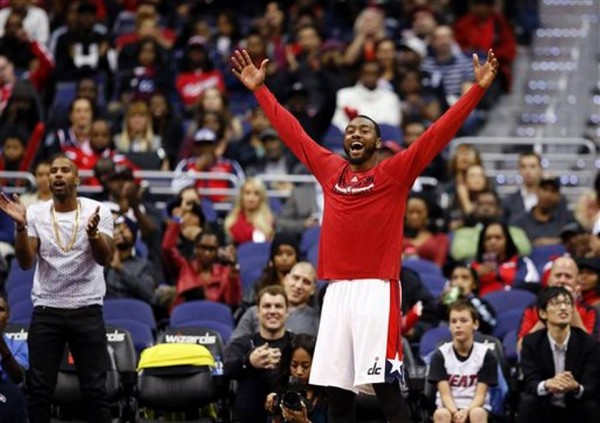 Wizards beat Heat
