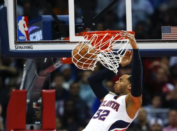 Hawks beat Warriors