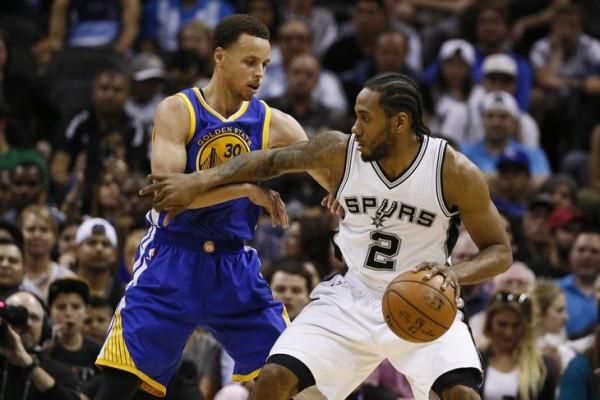 http://sportige.com/wp-content/uploads/2015/04/Kawhi-Leonard-Stephen-Curry-e1428321789800.jpg