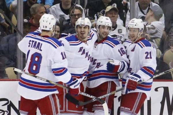 Rangers beat Penguins