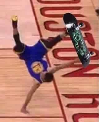 Curry Skate fail