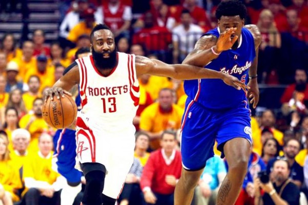 DeAndre Jordan trying to chase down James Harden