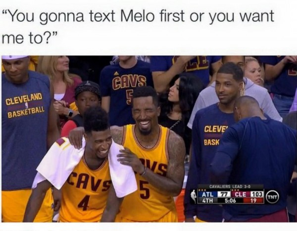 Who is texting Melo