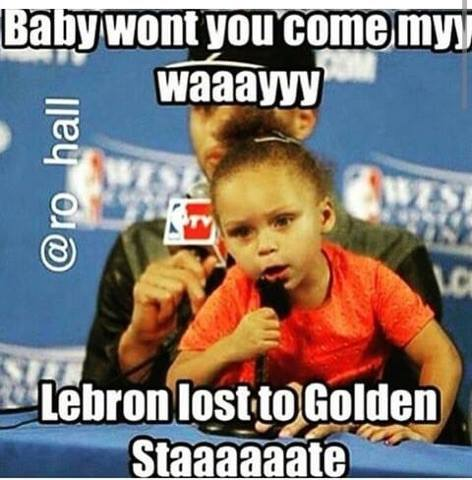 Riley Curry singing