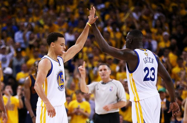 Warriors beat Cavaliers