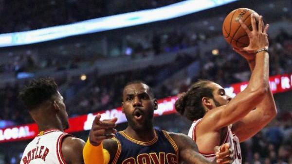 LeBron James vs Bulls