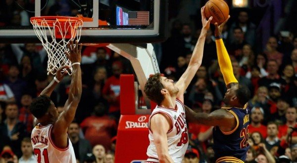 Pau Gasol blocks LeBron James