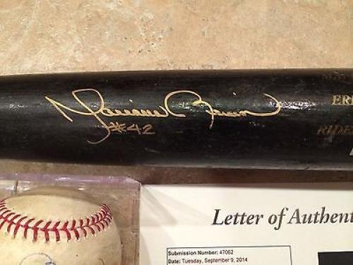 Mariano Rivera Signed Game Used Bat ball From Only 18th Inning Pitched